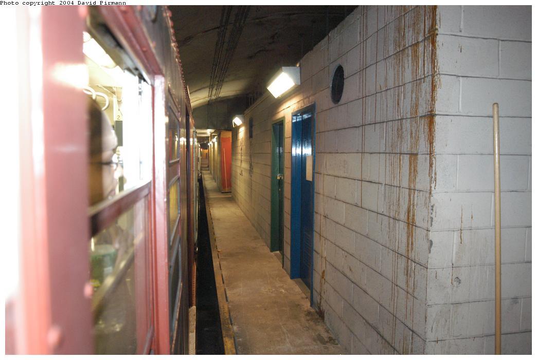 (132k, 1044x701)<br><b>Country:</b> United States<br><b>City:</b> New York<br><b>System:</b> New York City Transit<br><b>Line:</b> IND 63rd Street<br><b>Location:</b> Lexington Avenue-63rd Street <br><b>Photo by:</b> David Pirmann<br><b>Date:</b> 6/19/2004<br><b>Notes:</b> A view from a train window of the unused side of the Lexington/63rd St. station, looking east.<br><b>Viewed (this week/total):</b> 0 / 7450