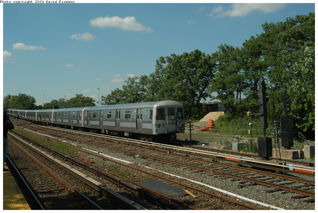 (179k, 1044x701)<br><b>Country:</b> United States<br><b>City:</b> New York<br><b>System:</b> New York City Transit<br><b>Line:</b> IND Rockaway<br><b>Location:</b> Howard Beach <br><b>Route:</b> A<br><b>Car:</b> R-44 (St. Louis, 1971-73) 5420 <br><b>Photo by:</b> David Pirmann<br><b>Date:</b> 6/19/2004<br><b>Viewed (this week/total):</b> 1 / 3666