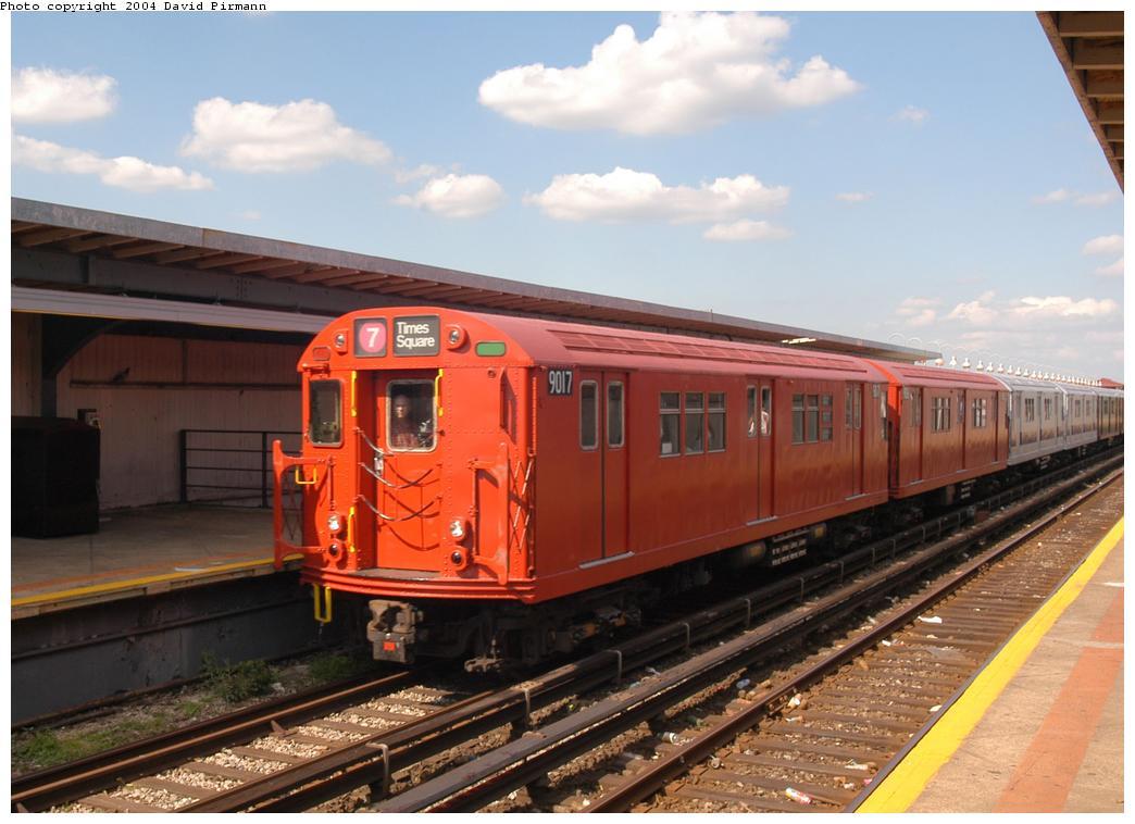 (150k, 1044x758)<br><b>Country:</b> United States<br><b>City:</b> New York<br><b>System:</b> New York City Transit<br><b>Line:</b> IND Rockaway<br><b>Location:</b> Beach 90th Street/Holland <br><b>Route:</b> Fan Trip<br><b>Car:</b> R-33 Main Line (St. Louis, 1962-63) 9017 <br><b>Photo by:</b> David Pirmann<br><b>Date:</b> 6/19/2004<br><b>Viewed (this week/total):</b> 3 / 4144