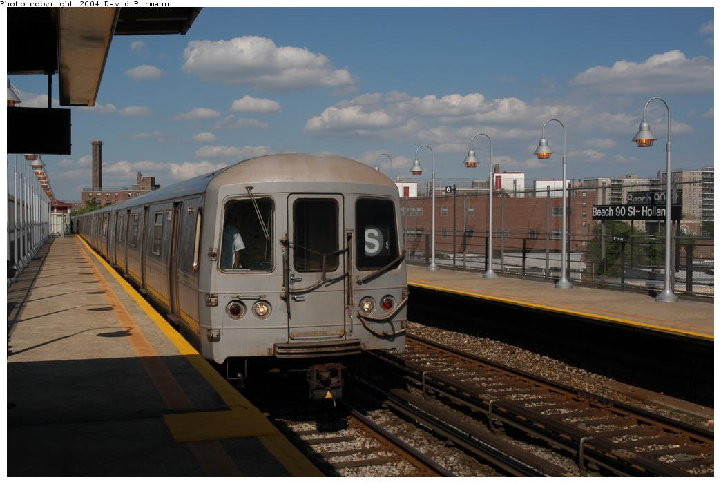 (146k, 1044x701)<br><b>Country:</b> United States<br><b>City:</b> New York<br><b>System:</b> New York City Transit<br><b>Line:</b> IND Rockaway<br><b>Location:</b> Beach 90th Street/Holland <br><b>Route:</b> S<br><b>Car:</b> R-44 (St. Louis, 1971-73) 5358 <br><b>Photo by:</b> David Pirmann<br><b>Date:</b> 6/19/2004<br><b>Viewed (this week/total):</b> 3 / 3893