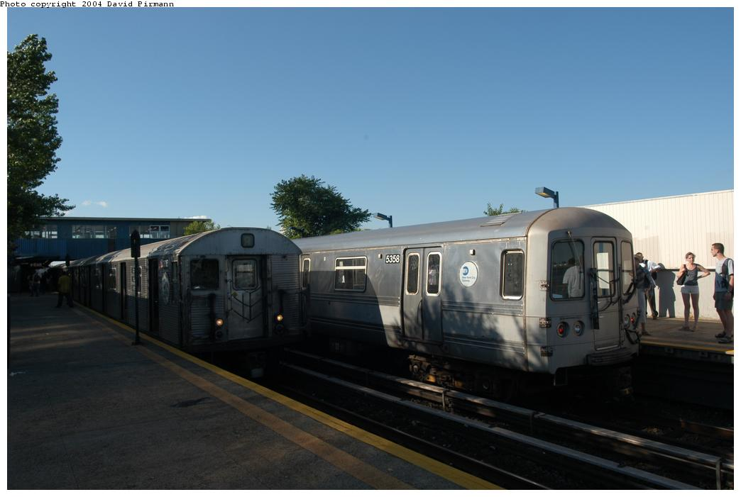 (109k, 1044x701)<br><b>Country:</b> United States<br><b>City:</b> New York<br><b>System:</b> New York City Transit<br><b>Line:</b> IND Rockaway<br><b>Location:</b> Broad Channel <br><b>Route:</b> A<br><b>Car:</b> R-32 (Budd, 1964)  3805 <br><b>Photo by:</b> David Pirmann<br><b>Date:</b> 6/19/2004<br><b>Viewed (this week/total):</b> 1 / 3516