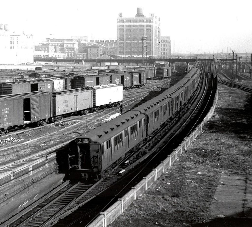 (282k, 1024x922)<br><b>Country:</b> United States<br><b>City:</b> New York<br><b>System:</b> New York City Transit<br><b>Line:</b> IRT Flushing Line<br><b>Location:</b> Hunterspoint Avenue <br><b>Route:</b> 7<br><b>Car:</b> R-12 (American Car & Foundry, 1948)  <br><b>Collection of:</b> George Conrad Collection<br><b>Date:</b> 1/12/1952<br><b>Viewed (this week/total):</b> 5 / 4118