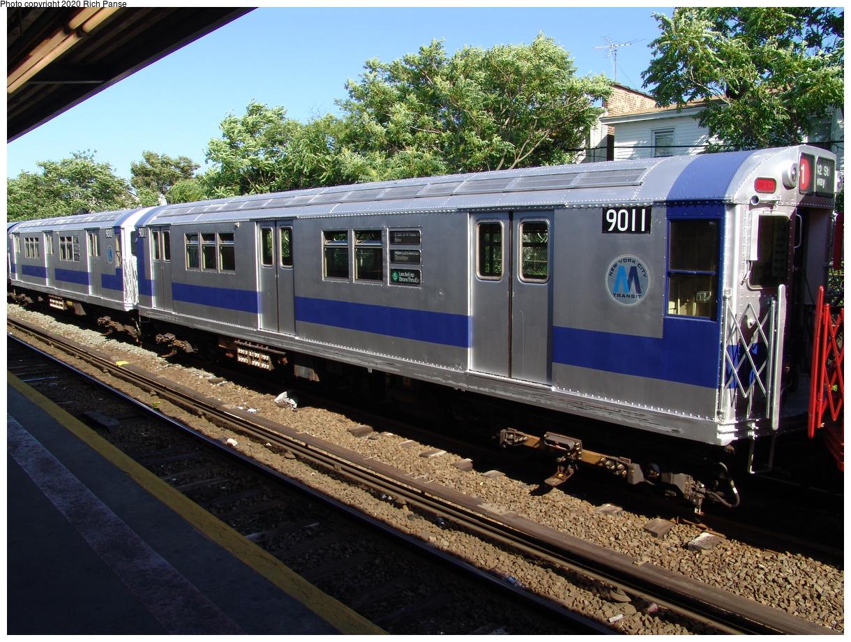 (127k, 820x620)<br><b>Country:</b> United States<br><b>City:</b> New York<br><b>System:</b> New York City Transit<br><b>Line:</b> IND Rockaway<br><b>Location:</b> Rockaway Park/Beach 116th Street <br><b>Route:</b> Fan Trip<br><b>Car:</b> R-33 Main Line (St. Louis, 1962-63) 9011 <br><b>Photo by:</b> Richard Panse<br><b>Date:</b> 6/19/2004<br><b>Viewed (this week/total):</b> 3 / 2614
