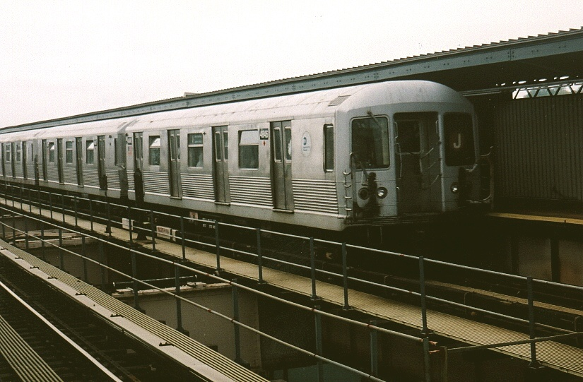 (191k, 825x541)<br><b>Country:</b> United States<br><b>City:</b> New York<br><b>System:</b> New York City Transit<br><b>Line:</b> BMT Nassau Street/Jamaica Line<br><b>Location:</b> 121st Street <br><b>Car:</b> R-42 (St. Louis, 1969-1970)  4846 <br><b>Photo by:</b> Gary Chatterton<br><b>Date:</b> 5/12/2004<br><b>Viewed (this week/total):</b> 1 / 3294