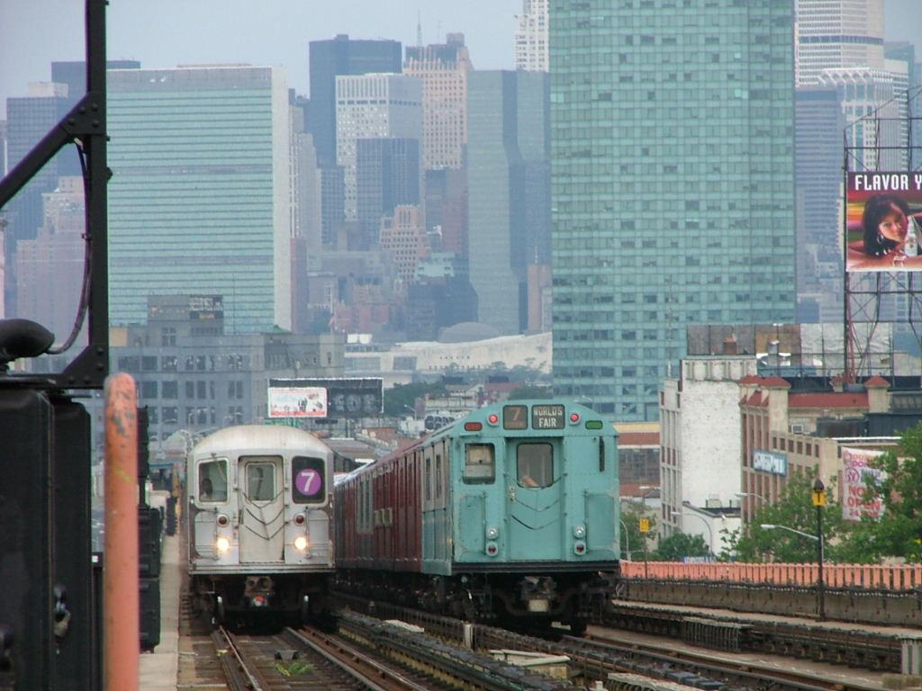 (143k, 1024x768)<br><b>Country:</b> United States<br><b>City:</b> New York<br><b>System:</b> New York City Transit<br><b>Line:</b> IRT Flushing Line<br><b>Location:</b> 40th Street/Lowery Street <br><b>Route:</b> Fan Trip<br><b>Car:</b> R-33 World's Fair (St. Louis, 1963-64) 9306 <br><b>Photo by:</b> Carlton Walton<br><b>Date:</b> 6/19/2004<br><b>Viewed (this week/total):</b> 4 / 3925