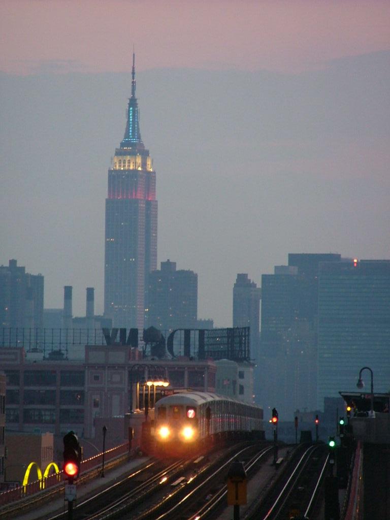 (82k, 768x1024)<br><b>Country:</b> United States<br><b>City:</b> New York<br><b>System:</b> New York City Transit<br><b>Line:</b> IRT Flushing Line<br><b>Location:</b> 40th Street/Lowery Street <br><b>Car:</b> R-62A (Bombardier, 1984-1987)   <br><b>Photo by:</b> Carlton Walton<br><b>Date:</b> 6/19/2004<br><b>Viewed (this week/total):</b> 0 / 4625