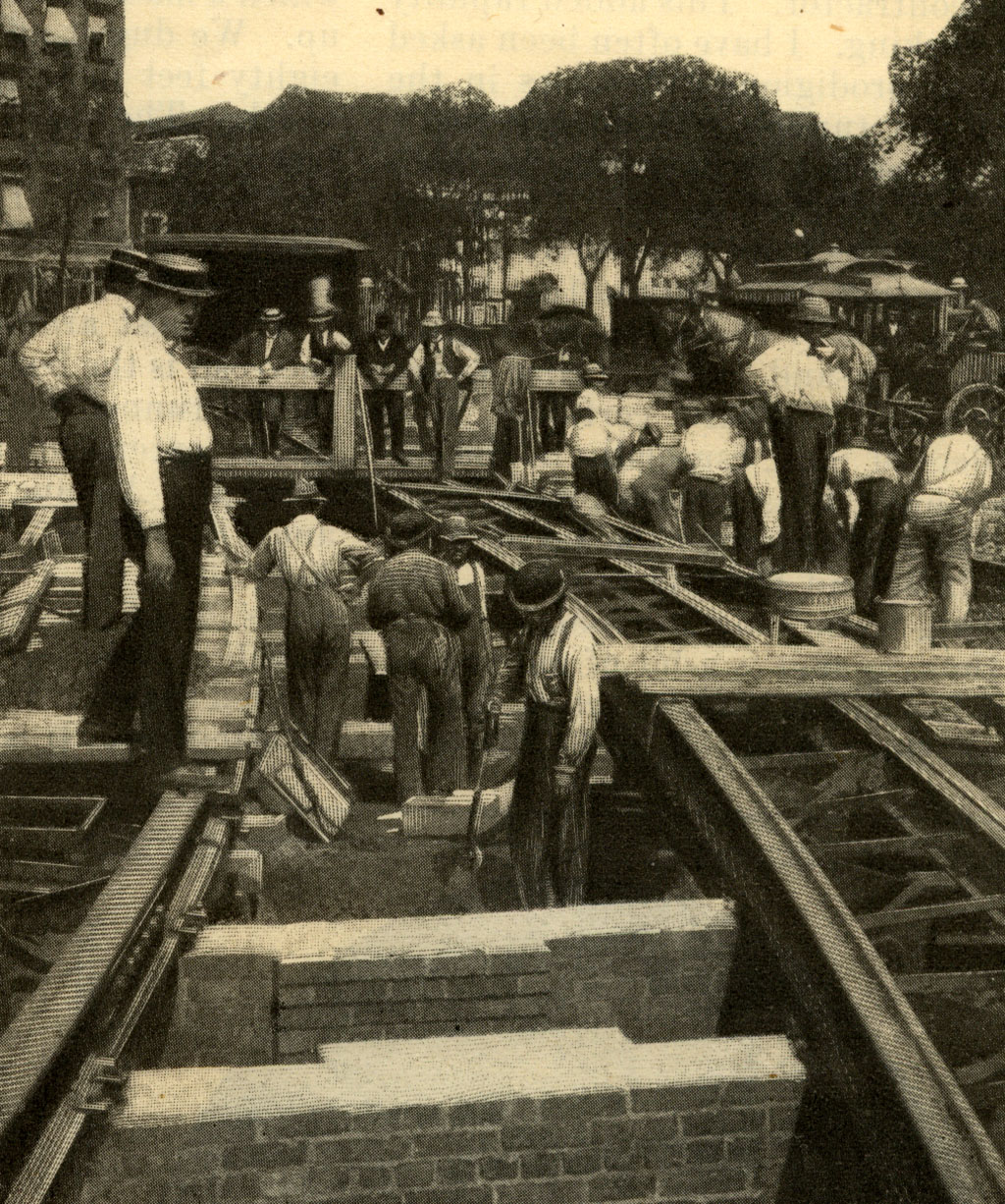 (481k, 1024x1226)<br><b>Country:</b> United States<br><b>City:</b> New York<br><b>System:</b> New York City Transit<br><b>Photo by:</b> Munsey's Magazine, 1902 <br><b>Notes:</b> Preliminary work in the circle at Eighth Avenue and Fifty-ninth Street, where the tracks of the electric surface line on upper Broadway were completed while the construction of the tunnel road was beginning.<br><b>Viewed (this week/total):</b> 5 / 4285