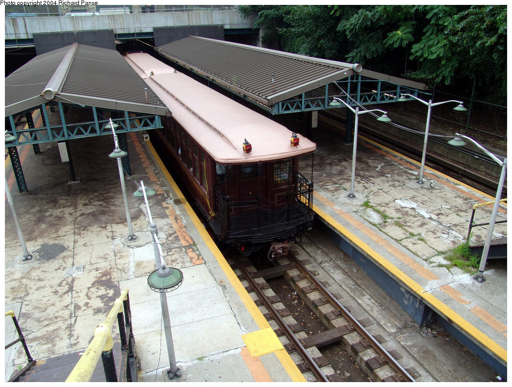 (224k, 1044x788)<br><b>Country:</b> United States<br><b>City:</b> New York<br><b>System:</b> New York City Transit<br><b>Line:</b> BMT West End Line<br><b>Location:</b> 9th Avenue <br><b>Route:</b> Fan Trip<br><b>Car:</b> BMT Elevated Gate Car 1404-1273-1407 <br><b>Photo by:</b> Richard Panse<br><b>Date:</b> 7/18/2004<br><b>Viewed (this week/total):</b> 1 / 4019