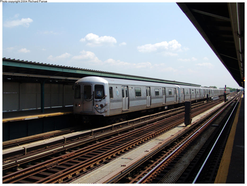 (171k, 1044x788)<br><b>Country:</b> United States<br><b>City:</b> New York<br><b>System:</b> New York City Transit<br><b>Line:</b> IND Fulton Street Line<br><b>Location:</b> 80th Street/Hudson Street <br><b>Route:</b> A<br><b>Car:</b> R-44 (St. Louis, 1971-73) 5270 <br><b>Photo by:</b> Richard Panse<br><b>Date:</b> 7/17/2004<br><b>Viewed (this week/total):</b> 0 / 3507