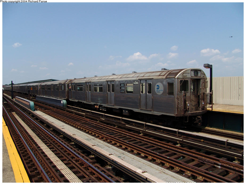 (173k, 1044x788)<br><b>Country:</b> United States<br><b>City:</b> New York<br><b>System:</b> New York City Transit<br><b>Line:</b> IND Fulton Street Line<br><b>Location:</b> 80th Street/Hudson Street <br><b>Route:</b> A<br><b>Car:</b> R-38 (St. Louis, 1966-1967)  4066 <br><b>Photo by:</b> Richard Panse<br><b>Date:</b> 7/17/2004<br><b>Viewed (this week/total):</b> 3 / 3837