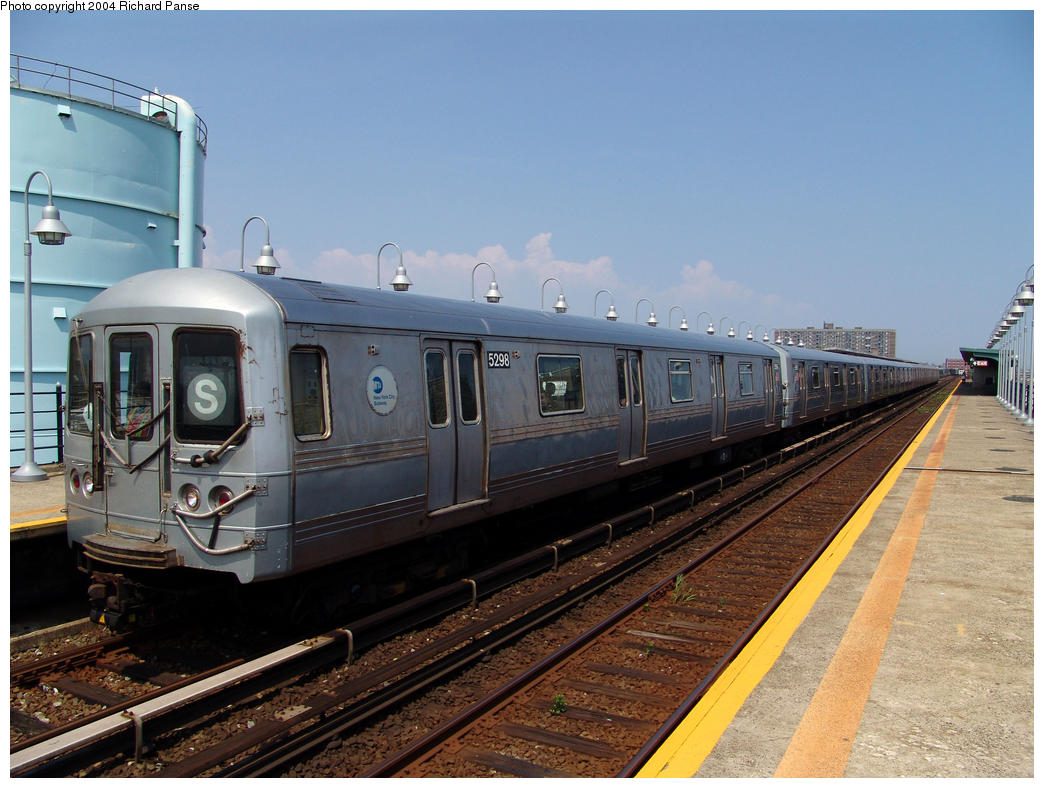 (157k, 1044x788)<br><b>Country:</b> United States<br><b>City:</b> New York<br><b>System:</b> New York City Transit<br><b>Line:</b> IND Rockaway<br><b>Location:</b> Beach 105th Street/Seaside <br><b>Route:</b> S<br><b>Car:</b> R-44 (St. Louis, 1971-73) 5298 <br><b>Photo by:</b> Richard Panse<br><b>Date:</b> 7/17/2004<br><b>Viewed (this week/total):</b> 4 / 2940