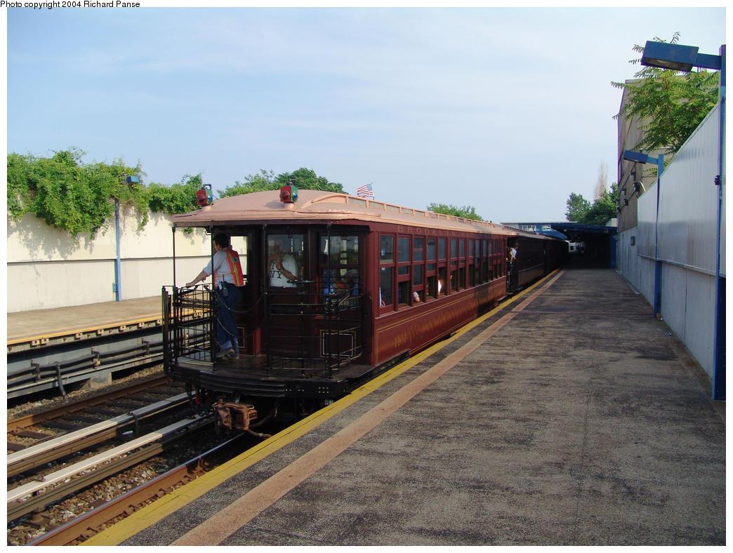 (174k, 1044x788)<br><b>Country:</b> United States<br><b>City:</b> New York<br><b>System:</b> New York City Transit<br><b>Line:</b> IND Rockaway<br><b>Location:</b> Broad Channel <br><b>Route:</b> Fan Trip<br><b>Car:</b> BMT Elevated Gate Car 1404 <br><b>Photo by:</b> Richard Panse<br><b>Date:</b> 7/17/2004<br><b>Viewed (this week/total):</b> 0 / 2406