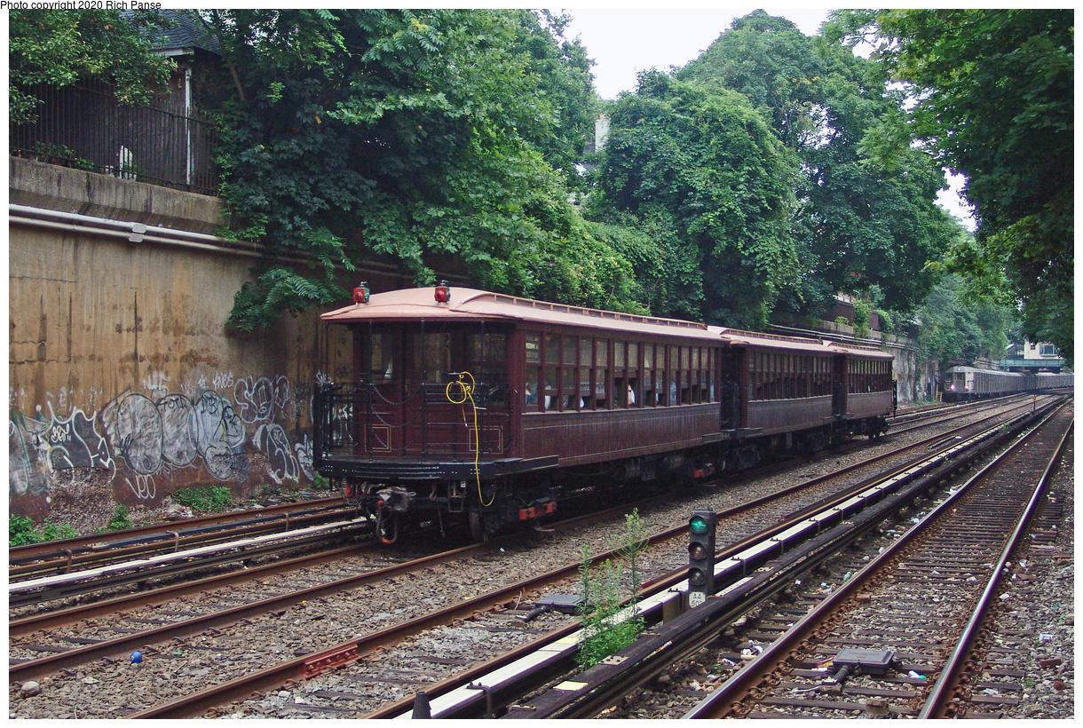 (274k, 1044x788)<br><b>Country:</b> United States<br><b>City:</b> New York<br><b>System:</b> New York City Transit<br><b>Line:</b> BMT Brighton Line<br><b>Location:</b> Cortelyou Road <br><b>Route:</b> Fan Trip<br><b>Car:</b> BMT Elevated Gate Car 1407 <br><b>Photo by:</b> Richard Panse<br><b>Date:</b> 7/18/2004<br><b>Viewed (this week/total):</b> 0 / 2773