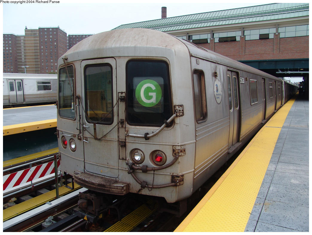 (176k, 1044x788)<br><b>Country:</b> United States<br><b>City:</b> New York<br><b>System:</b> New York City Transit<br><b>Location:</b> Coney Island/Stillwell Avenue<br><b>Route:</b> G<br><b>Car:</b> R-46 (Pullman-Standard, 1974-75) 5638 <br><b>Photo by:</b> Richard Panse<br><b>Date:</b> 7/18/2004<br><b>Viewed (this week/total):</b> 1 / 4425