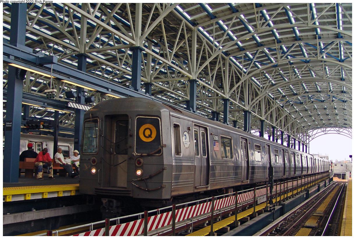 (273k, 1044x788)<br><b>Country:</b> United States<br><b>City:</b> New York<br><b>System:</b> New York City Transit<br><b>Location:</b> Coney Island/Stillwell Avenue<br><b>Route:</b> Q<br><b>Car:</b> R-68A (Kawasaki, 1988-1989)  5088 <br><b>Photo by:</b> Richard Panse<br><b>Date:</b> 7/18/2004<br><b>Viewed (this week/total):</b> 1 / 3840