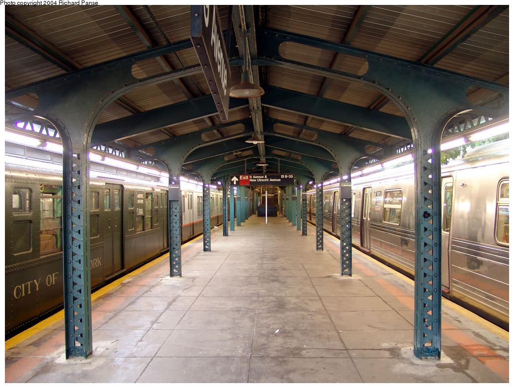 (197k, 1044x788)<br><b>Country:</b> United States<br><b>City:</b> New York<br><b>System:</b> New York City Transit<br><b>Line:</b> BMT West End Line<br><b>Location:</b> 9th Avenue <br><b>Photo by:</b> Richard Panse<br><b>Date:</b> 7/18/2004<br><b>Viewed (this week/total):</b> 0 / 2768