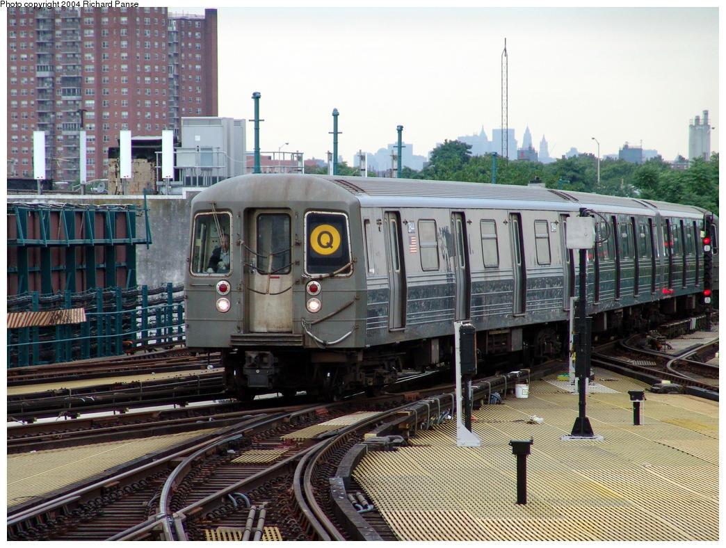 (214k, 1044x788)<br><b>Country:</b> United States<br><b>City:</b> New York<br><b>System:</b> New York City Transit<br><b>Location:</b> Coney Island/Stillwell Avenue<br><b>Route:</b> Q<br><b>Car:</b> R-68 (Westinghouse-Amrail, 1986-1988)  2844 <br><b>Photo by:</b> Richard Panse<br><b>Date:</b> 7/24/2004<br><b>Viewed (this week/total):</b> 0 / 4776