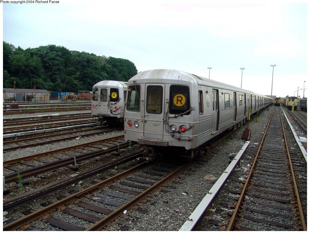 (194k, 1044x788)<br><b>Country:</b> United States<br><b>City:</b> New York<br><b>System:</b> New York City Transit<br><b>Location:</b> 36th Street Yard<br><b>Car:</b> R-46 (Pullman-Standard, 1974-75) 5658 <br><b>Photo by:</b> Richard Panse<br><b>Date:</b> 7/24/2004<br><b>Viewed (this week/total):</b> 0 / 7936