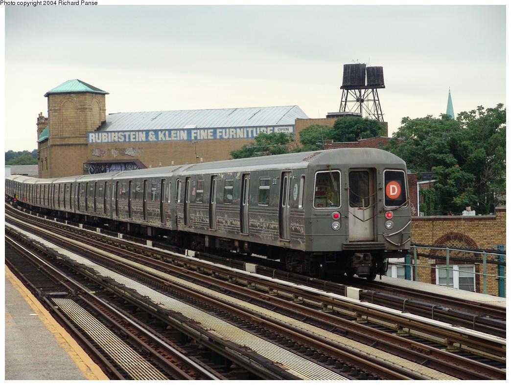 (197k, 1044x788)<br><b>Country:</b> United States<br><b>City:</b> New York<br><b>System:</b> New York City Transit<br><b>Line:</b> BMT West End Line<br><b>Location:</b> 55th Street <br><b>Route:</b> D<br><b>Car:</b> R-68 (Westinghouse-Amrail, 1986-1988)  2730 <br><b>Photo by:</b> Richard Panse<br><b>Date:</b> 7/24/2004<br><b>Viewed (this week/total):</b> 1 / 3265