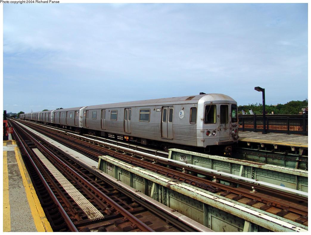(171k, 1044x788)<br><b>Country:</b> United States<br><b>City:</b> New York<br><b>System:</b> New York City Transit<br><b>Line:</b> BMT Culver Line<br><b>Location:</b> Avenue I <br><b>Route:</b> G<br><b>Car:</b> R-46 (Pullman-Standard, 1974-75) 6162 <br><b>Photo by:</b> Richard Panse<br><b>Date:</b> 7/25/2004<br><b>Viewed (this week/total):</b> 2 / 2904