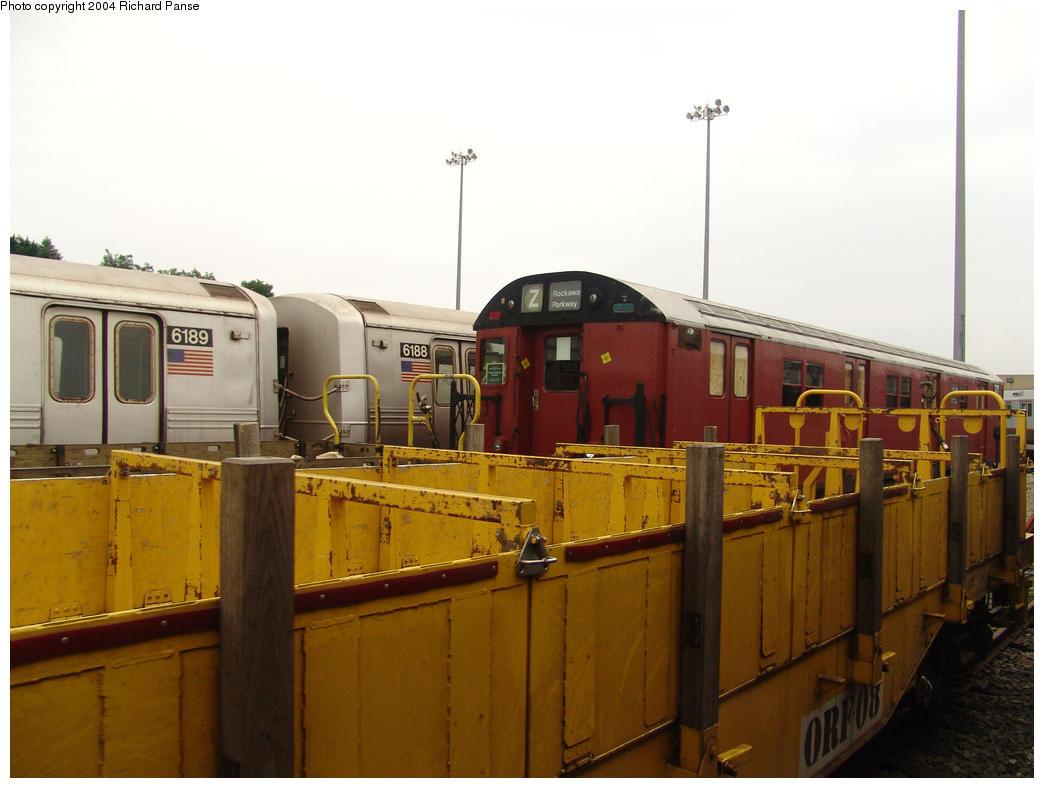 (126k, 1044x788)<br><b>Country:</b> United States<br><b>City:</b> New York<br><b>System:</b> New York City Transit<br><b>Location:</b> 36th Street Yard<br><b>Car:</b> R-30 (St. Louis, 1961) 8463 <br><b>Photo by:</b> Richard Panse<br><b>Date:</b> 7/18/2004<br><b>Viewed (this week/total):</b> 0 / 7875