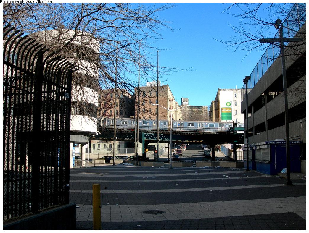(323k, 1044x788)<br><b>Country:</b> United States<br><b>City:</b> New York<br><b>System:</b> New York City Transit<br><b>Line:</b> IRT Woodlawn Line<br><b>Location:</b> 161st Street/River Avenue (Yankee Stadium) <br><b>Route:</b> 4<br><b>Car:</b> R-142 (Option Order, Bombardier, 2002-2003)  1159 <br><b>Photo by:</b> Mike Jiran<br><b>Date:</b> 2/19/2006<br><b>Viewed (this week/total):</b> 0 / 6375