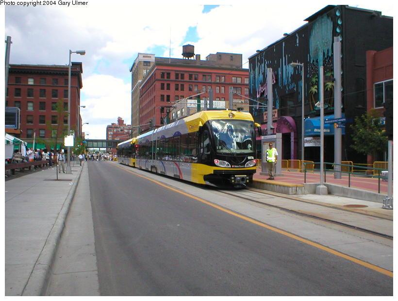 (93k, 820x620)<br><b>Country:</b> United States<br><b>City:</b> Minneapolis, MN<br><b>System:</b> MNDOT Light Rail Transit<br><b>Line:</b> Hiawatha Line<br><b>Location:</b> <b><u>Warehouse District/Hennepin Ave </b></u><br><b>Photo by:</b> Gary Ulmer<br><b>Date:</b> 6/24/2004<br><b>Viewed (this week/total):</b> 1 / 3395