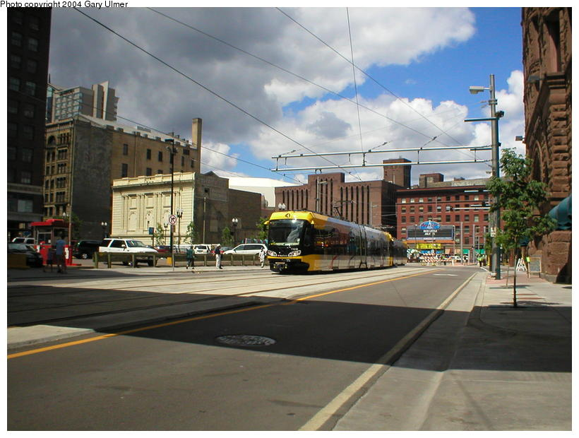 (97k, 820x620)<br><b>Country:</b> United States<br><b>City:</b> Minneapolis, MN<br><b>System:</b> MNDOT Light Rail Transit<br><b>Line:</b> Hiawatha Line<br><b>Location:</b> <b><u>Warehouse District/Hennepin Ave </b></u><br><b>Photo by:</b> Gary Ulmer<br><b>Date:</b> 6/24/2004<br><b>Viewed (this week/total):</b> 0 / 2027