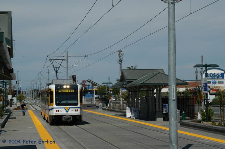 (123k, 720x478)<br><b>Country:</b> United States<br><b>City:</b> Sacramento, CA<br><b>System:</b> SACRT Light Rail<br><b>Location:</b> Zinfandel <br><b>Car:</b> Sacramento CAF LRV  211 <br><b>Photo by:</b> Peter Ehrlich<br><b>Date:</b> 6/27/2004<br><b>Viewed (this week/total):</b> 0 / 1296