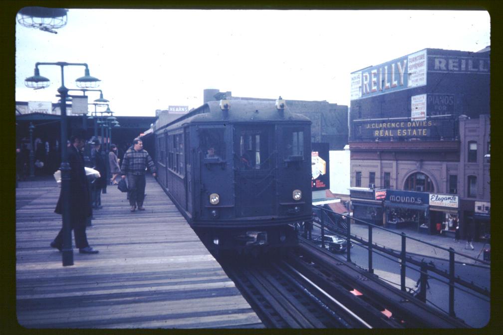(87k, 1008x672)<br><b>Country:</b> United States<br><b>City:</b> New York<br><b>System:</b> New York City Transit<br><b>Line:</b> 3rd Avenue El<br><b>Location:</b> 149th Street <br><b>Car:</b> Low-V  <br><b>Photo by:</b> Joe Korman<br><b>Viewed (this week/total):</b> 4 / 3506