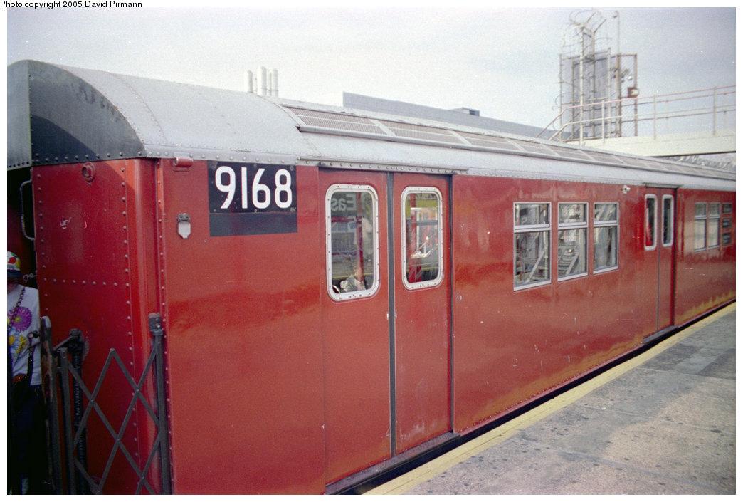 (175k, 1044x705)<br><b>Country:</b> United States<br><b>City:</b> New York<br><b>System:</b> New York City Transit<br><b>Line:</b> IRT White Plains Road Line<br><b>Location:</b> East 180th Street <br><b>Car:</b> R-33 Main Line (St. Louis, 1962-63) 9168 <br><b>Photo by:</b> David Pirmann<br><b>Date:</b> 9/13/1998<br><b>Viewed (this week/total):</b> 0 / 3926
