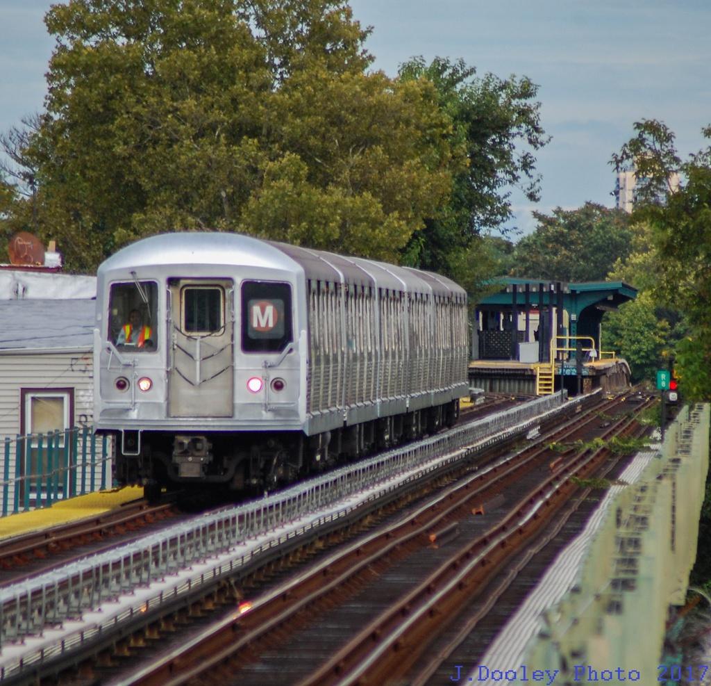 (399k, 1024x987)<br><b>Country:</b> United States<br><b>City:</b> New York<br><b>System:</b> New York City Transit<br><b>Line:</b> BMT Myrtle Avenue Line<br><b>Location:</b> Forest Avenue <br><b>Route:</b> M shuttle<br><b>Car:</b> R-42 (St. Louis, 1969-1970)   <br><b>Photo by:</b> John Dooley<br><b>Date:</b> 9/3/2017<br><b>Viewed (this week/total):</b> 4 / 119