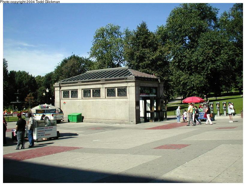 (114k, 820x620)<br><b>Country:</b> United States<br><b>City:</b> Boston, MA<br><b>System:</b> MBTA<br><b>Line:</b> MBTA Red Line<br><b>Location:</b> Park Street (Under)<br><b>Photo by:</b> Todd Glickman<br><b>Date:</b> 8/24/2004<br><b>Notes:</b> Headhouse to Green (westbound) and Red Lines at Park Street on Boston Common.<br><b>Viewed (this week/total):</b> 0 / 2741