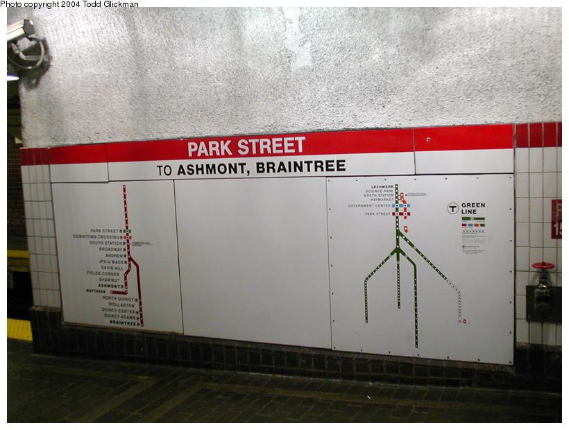 (80k, 820x620)<br><b>Country:</b> United States<br><b>City:</b> Boston, MA<br><b>System:</b> MBTA<br><b>Line:</b> MBTA Red Line<br><b>Location:</b> Park Street (Under) <br><b>Photo by:</b> Todd Glickman<br><b>Date:</b> 8/24/2004<br><b>Notes:</b> Platform map, south end of southbound wall platform at Park Street.<br><b>Viewed (this week/total):</b> 0 / 3148