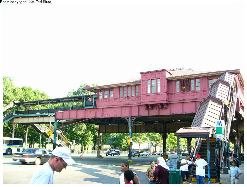 (106k, 820x620)<br><b>Country:</b> United States<br><b>City:</b> New York<br><b>System:</b> New York City Transit<br><b>Line:</b> IRT West Side Line<br><b>Location:</b> 242nd Street/Van Cortlandt Park <br><b>Photo by:</b> Ted Siuta<br><b>Date:</b> 7/25/2004<br><b>Notes:</b> Station house exterior.<br><b>Viewed (this week/total):</b> 1 / 7519