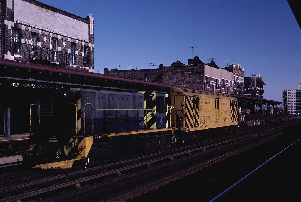 (188k, 1024x686)<br><b>Country:</b> United States<br><b>City:</b> New York<br><b>System:</b> New York City Transit<br><b>Line:</b> IRT Pelham Line<br><b>Location:</b> Elder Avenue <br><b>Car:</b> R-52 Locomotive  74 <br><b>Photo by:</b> Steve Zabel<br><b>Collection of:</b> Joe Testagrose<br><b>Date:</b> 10/10/1982<br><b>Viewed (this week/total):</b> 0 / 3322