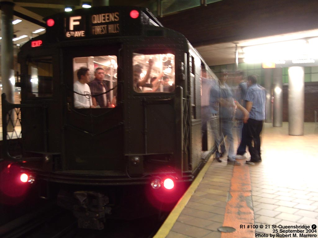 (103k, 1024x768)<br><b>Country:</b> United States<br><b>City:</b> New York<br><b>System:</b> New York City Transit<br><b>Line:</b> IND 63rd Street Line<br><b>Location:</b> 21st Street/Queensbridge<br><b>Route:</b> Fan Trip<br><b>Car:</b> R-1 (American Car & Foundry, 1930-1931) 100 <br><b>Photo by:</b> Robert Marrero<br><b>Date:</b> 9/25/2004<br><b>Notes:</b> Museum train in service on a shortened F line, 2nd Ave. to 71st Ave. or 179th St.<br><b>Viewed (this week/total):</b> 1 / 6329