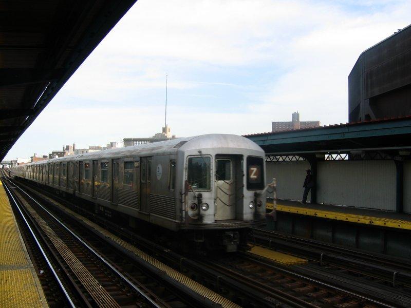 (68k, 800x600)<br><b>Country:</b> United States<br><b>City:</b> New York<br><b>System:</b> New York City Transit<br><b>Line:</b> BMT Nassau Street/Jamaica Line<br><b>Location:</b> Flushing Avenue <br><b>Route:</b> Z<br><b>Car:</b> R-42 (St. Louis, 1969-1970)  4648 <br><b>Photo by:</b> Dante D. Angerville<br><b>Date:</b> 4/20/2004<br><b>Viewed (this week/total):</b> 0 / 3503