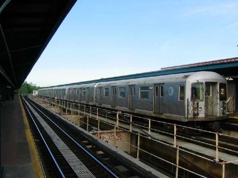 (97k, 800x600)<br><b>Country:</b> United States<br><b>City:</b> New York<br><b>System:</b> New York City Transit<br><b>Line:</b> BMT Nassau Street/Jamaica Line<br><b>Location:</b> Cypress Hills <br><b>Route:</b> Z<br><b>Car:</b> R-42 (St. Louis, 1969-1970)  4825 <br><b>Photo by:</b> Dante D. Angerville<br><b>Date:</b> 5/20/2004<br><b>Viewed (this week/total):</b> 0 / 3858