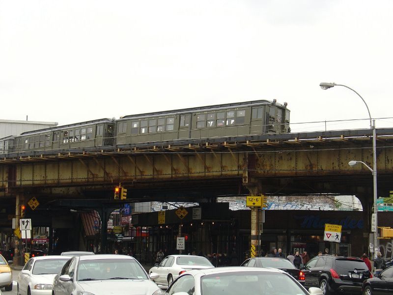 (72k, 800x600)<br><b>Country:</b> United States<br><b>City:</b> New York<br><b>System:</b> New York City Transit<br><b>Line:</b> BMT Brighton Line<br><b>Location:</b> Brighton Beach <br><b>Route:</b> Fan Trip<br><b>Car:</b> Low-V (Museum Train) 5483 <br><b>Photo by:</b> Fred Guenther<br><b>Date:</b> 10/24/2004<br><b>Viewed (this week/total):</b> 4 / 5725