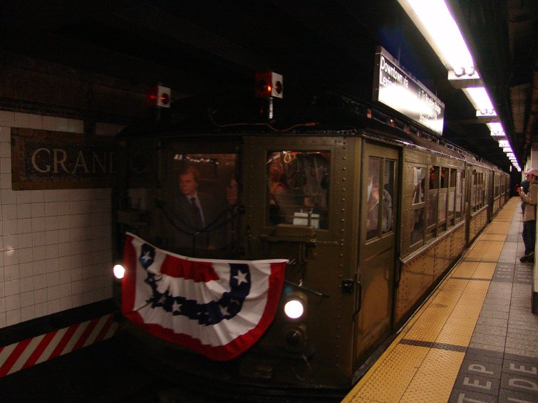 (71k, 755x566)<br><b>Country:</b> United States<br><b>City:</b> New York<br><b>System:</b> New York City Transit<br><b>Line:</b> IRT Times Square-Grand Central Shuttle<br><b>Location:</b> Grand Central <br><b>Route:</b> Fan Trip<br><b>Car:</b> Low-V (Museum Train) 5483 <br><b>Photo by:</b> Richard Panse<br><b>Date:</b> 10/27/2004<br><b>Notes:</b> Train in regular passenger service, technically not a fan trip.<br><b>Viewed (this week/total):</b> 0 / 2581