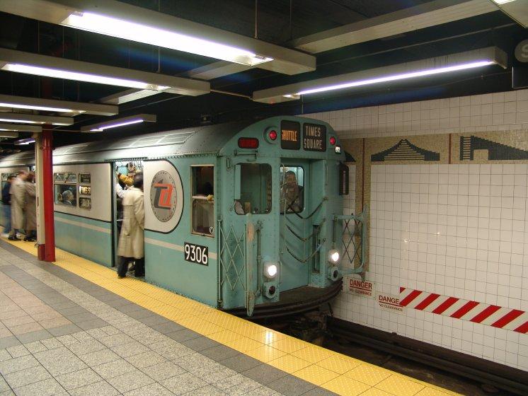 (90k, 746x560)<br><b>Country:</b> United States<br><b>City:</b> New York<br><b>System:</b> New York City Transit<br><b>Line:</b> IRT Times Square-Grand Central Shuttle<br><b>Location:</b> Grand Central <br><b>Route:</b> Fan Trip<br><b>Car:</b> R-33 World's Fair (St. Louis, 1963-64) 9306 <br><b>Photo by:</b> Richard Panse<br><b>Date:</b> 10/27/2004<br><b>Notes:</b> Train in regular passenger service, technically not a fan trip.<br><b>Viewed (this week/total):</b> 3 / 3024