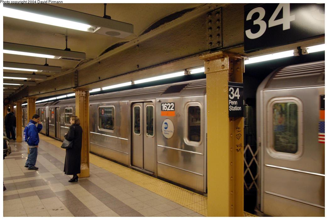 (177k, 1044x701)<br><b>Country:</b> United States<br><b>City:</b> New York<br><b>System:</b> New York City Transit<br><b>Line:</b> IRT West Side Line<br><b>Location:</b> 34th Street/Penn Station <br><b>Route:</b> 3<br><b>Car:</b> R-62 (Kawasaki, 1983-1985)  1622 <br><b>Photo by:</b> David Pirmann<br><b>Date:</b> 10/29/2004<br><b>Viewed (this week/total):</b> 0 / 5222