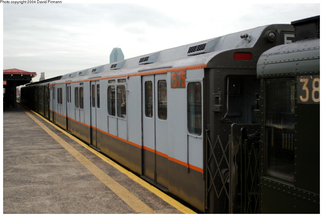 (138k, 1044x701)<br><b>Country:</b> United States<br><b>City:</b> New York<br><b>System:</b> New York City Transit<br><b>Line:</b> BMT Astoria Line<br><b>Location:</b> 36th/Washington Aves. <br><b>Route:</b> Fan Trip<br><b>Car:</b> R-7A (Pullman, 1938)  1575 <br><b>Photo by:</b> David Pirmann<br><b>Date:</b> 10/29/2004<br><b>Notes:</b> Train in regular passenger service, technically not a fan trip.<br><b>Viewed (this week/total):</b> 3 / 2385