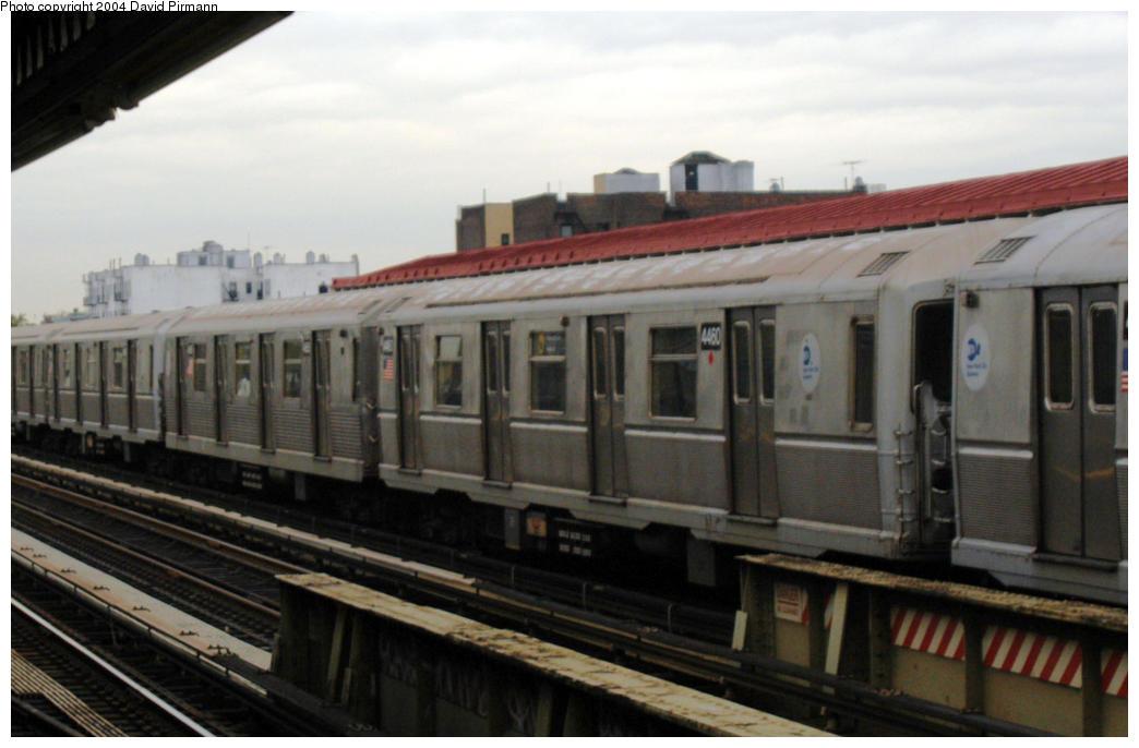 (134k, 1044x686)<br><b>Country:</b> United States<br><b>City:</b> New York<br><b>System:</b> New York City Transit<br><b>Line:</b> BMT Astoria Line<br><b>Location:</b> 36th/Washington Aves. <br><b>Route:</b> W<br><b>Car:</b> R-40M (St. Louis, 1969)  4460-4665 <br><b>Photo by:</b> David Pirmann<br><b>Date:</b> 10/29/2004<br><b>Viewed (this week/total):</b> 0 / 2666
