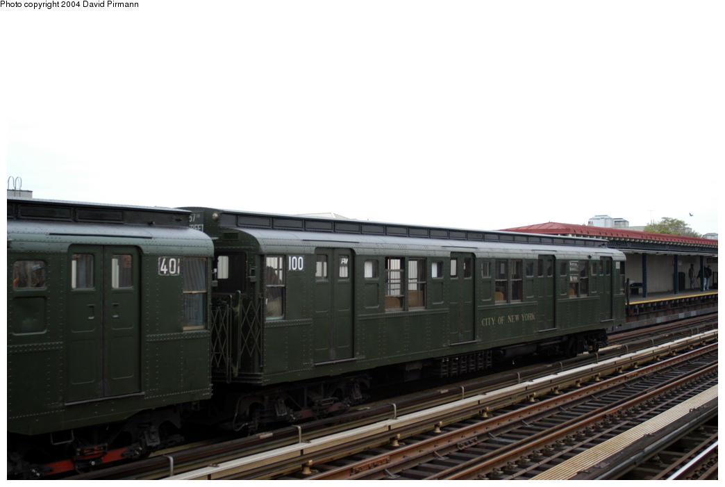 (119k, 1044x701)<br><b>Country:</b> United States<br><b>City:</b> New York<br><b>System:</b> New York City Transit<br><b>Line:</b> BMT Astoria Line<br><b>Location:</b> 30th/Grand Aves. <br><b>Route:</b> Fan Trip<br><b>Car:</b> R-1 (American Car & Foundry, 1930-1931) 100 <br><b>Photo by:</b> David Pirmann<br><b>Date:</b> 10/29/2004<br><b>Notes:</b> Train in regular passenger service, technically not a fan trip.<br><b>Viewed (this week/total):</b> 0 / 2452