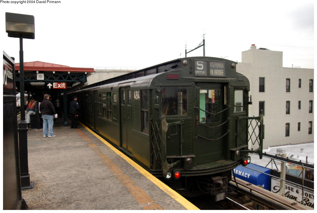 (149k, 1044x701)<br><b>Country:</b> United States<br><b>City:</b> New York<br><b>System:</b> New York City Transit<br><b>Line:</b> BMT Astoria Line<br><b>Location:</b> Ditmars Boulevard <br><b>Route:</b> Fan Trip<br><b>Car:</b> R-4 (American Car & Foundry, 1932-1933) 484 <br><b>Photo by:</b> David Pirmann<br><b>Date:</b> 10/29/2004<br><b>Notes:</b> Train in regular passenger service, technically not a fan trip.<br><b>Viewed (this week/total):</b> 1 / 4025