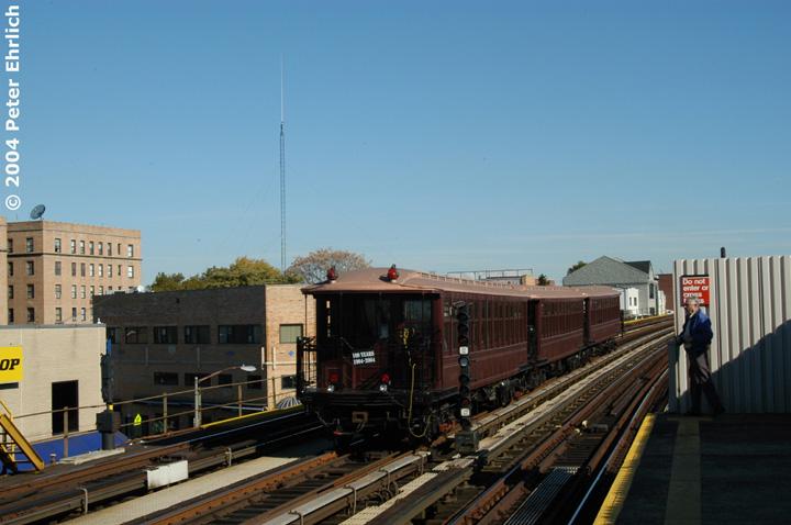 (120k, 720x478)<br><b>Country:</b> United States<br><b>City:</b> New York<br><b>System:</b> New York City Transit<br><b>Line:</b> BMT Astoria Line<br><b>Location:</b> 30th/Grand Aves. <br><b>Route:</b> Fan Trip<br><b>Car:</b> BMT Elevated Gate Car 1407 <br><b>Photo by:</b> Peter Ehrlich<br><b>Date:</b> 10/28/2004<br><b>Notes:</b> BU train in excursion service on Astoria line.<br><b>Viewed (this week/total):</b> 1 / 2619