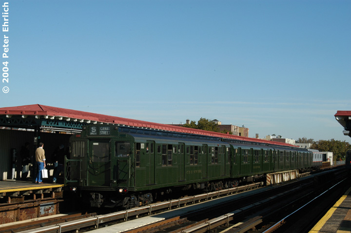(108k, 720x478)<br><b>Country:</b> United States<br><b>City:</b> New York<br><b>System:</b> New York City Transit<br><b>Line:</b> BMT Astoria Line<br><b>Location:</b> 36th/Washington Aves. <br><b>Route:</b> Fan Trip<br><b>Car:</b> R-1 (American Car & Foundry, 1930-1931) 100 <br><b>Photo by:</b> Peter Ehrlich<br><b>Date:</b> 10/28/2004<br><b>Notes:</b> In service Ditmars Blvd.-Canal St.<br><b>Viewed (this week/total):</b> 1 / 2699