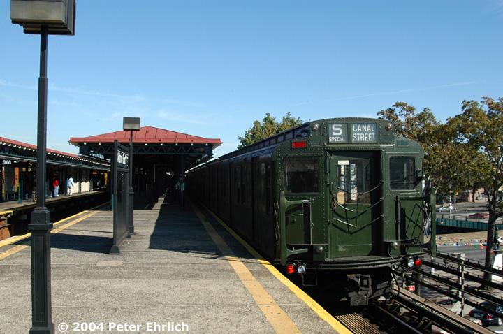(146k, 720x478)<br><b>Country:</b> United States<br><b>City:</b> New York<br><b>System:</b> New York City Transit<br><b>Line:</b> BMT Astoria Line<br><b>Location:</b> Astoria Boulevard/Hoyt Avenue <br><b>Route:</b> Fan Trip<br><b>Car:</b> R-1 (American Car & Foundry, 1930-1931) 100 <br><b>Photo by:</b> Peter Ehrlich<br><b>Date:</b> 10/28/2004<br><b>Notes:</b> In service Ditmars Blvd.-Canal St.<br><b>Viewed (this week/total):</b> 0 / 2920